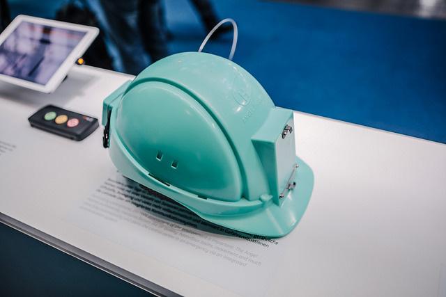 Telefónica CeBIT 2017 - Angel Helmet