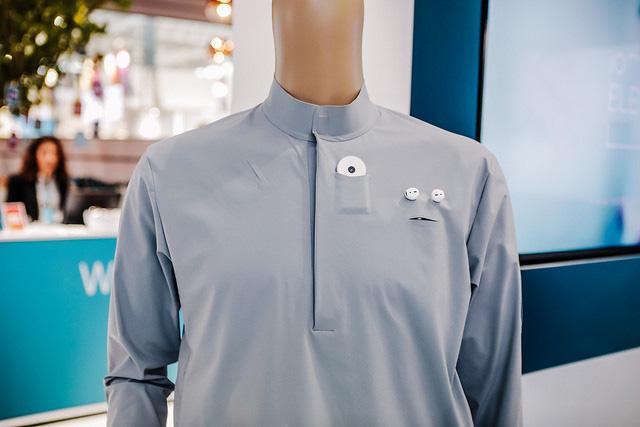 Telefónica CeBIT 2017 - Smart Shirt